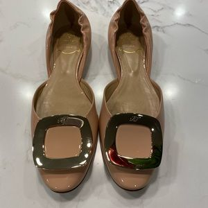Roger Vivier Nude Patent Chips Flats